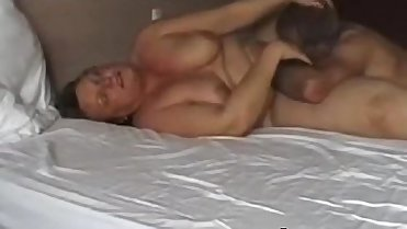 MILF orgasm mature couple sucks her pussy and she enjoys oral sex amateur