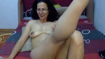 Gorgeous hairy arab milf webcam