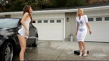 Rebel Lynn and Alexis Fawx - Mommy'_s Girl