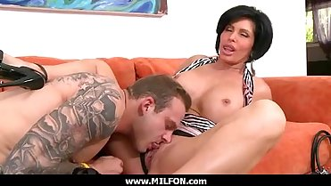 Beautiful MILF Hottie Hunter loves to fuck 30