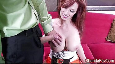 Sexy Hooter'_s Girl Shanda Fay Sucks For a Big Tip!