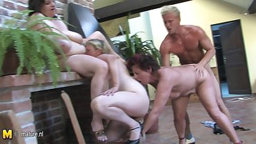 Crazy group sex mature moms fuck young boy