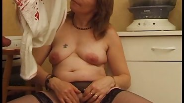 FRENCH PORN 23 anal hairy mature mom milf babe