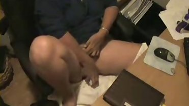 Hot ! Watch my mom caught masturbating by hidden cam