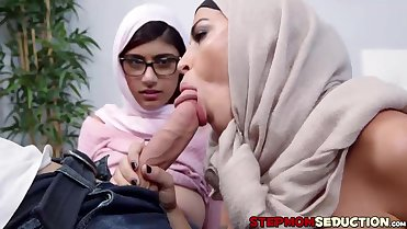 Busty Mia Khalifa is cumming for dinner with her stepmom