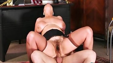 Sexy hairy mommy