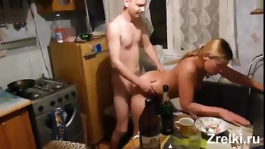 Busty country mature mom hard fuck on kitchen. Homemade