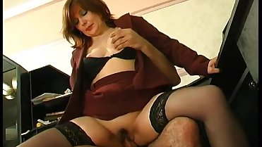 russian mature laura 49