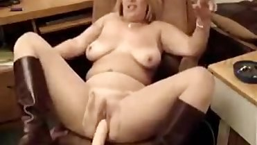 hot chubby milf smoking 2