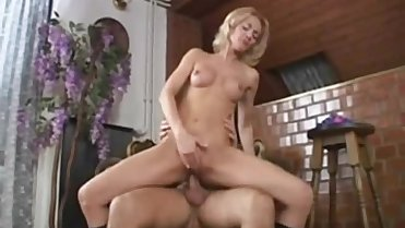 Mature Blonde Mom from CasualMilfSex(dot)com fucked with an older guy